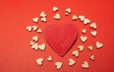 10 Ideas to Celebrate Valentine's Day as a Family